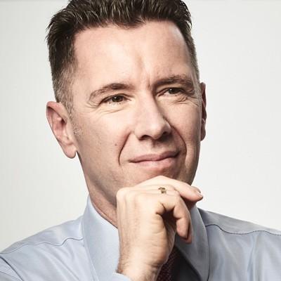 Dr. Wolfram von Schneyder