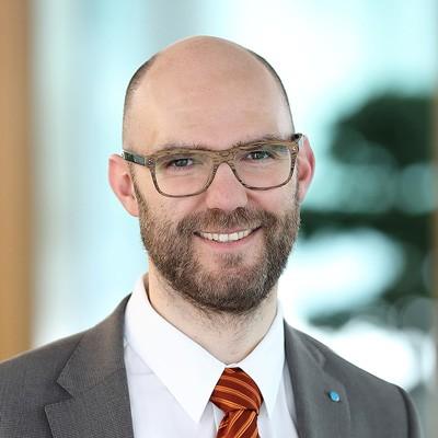 Dr. Helmut Scherer